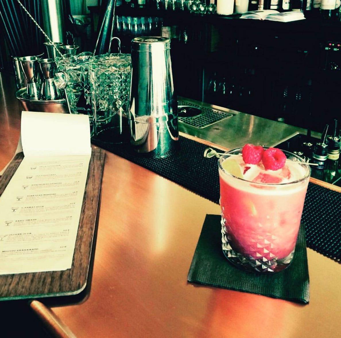 Cocktails sympas à Rennes, bar de nuit