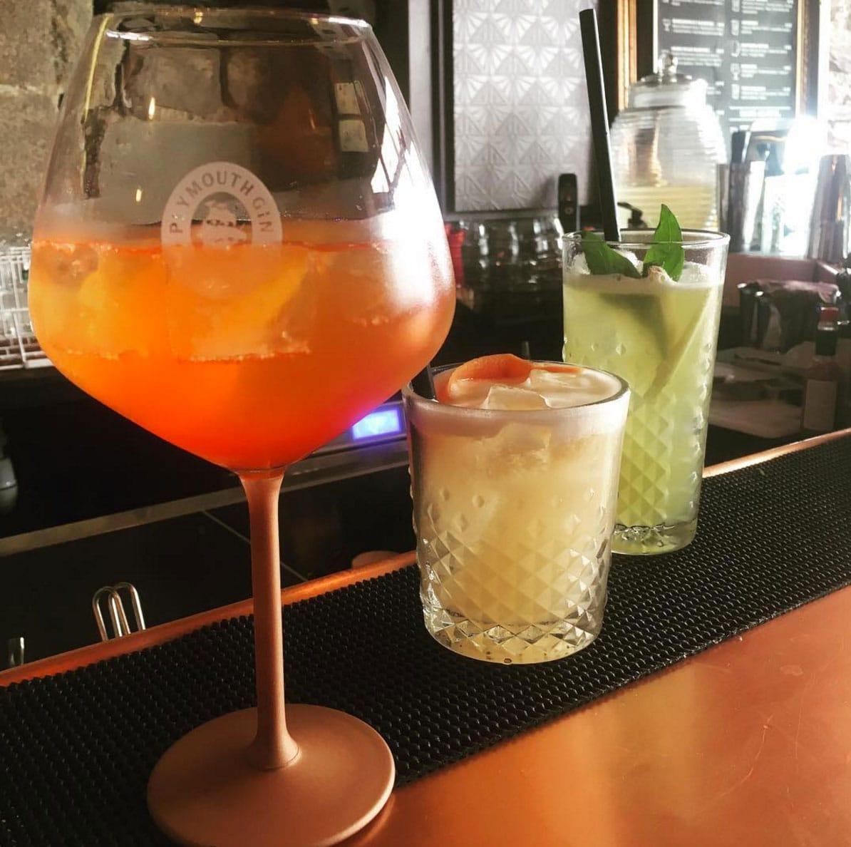 Cocktails sympas de notre bar de nuit à Rennes